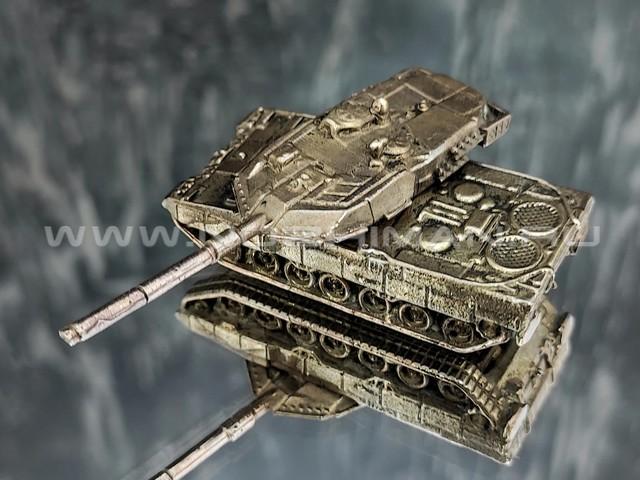 Танк Leopard 2a6, латунь, 50 мм